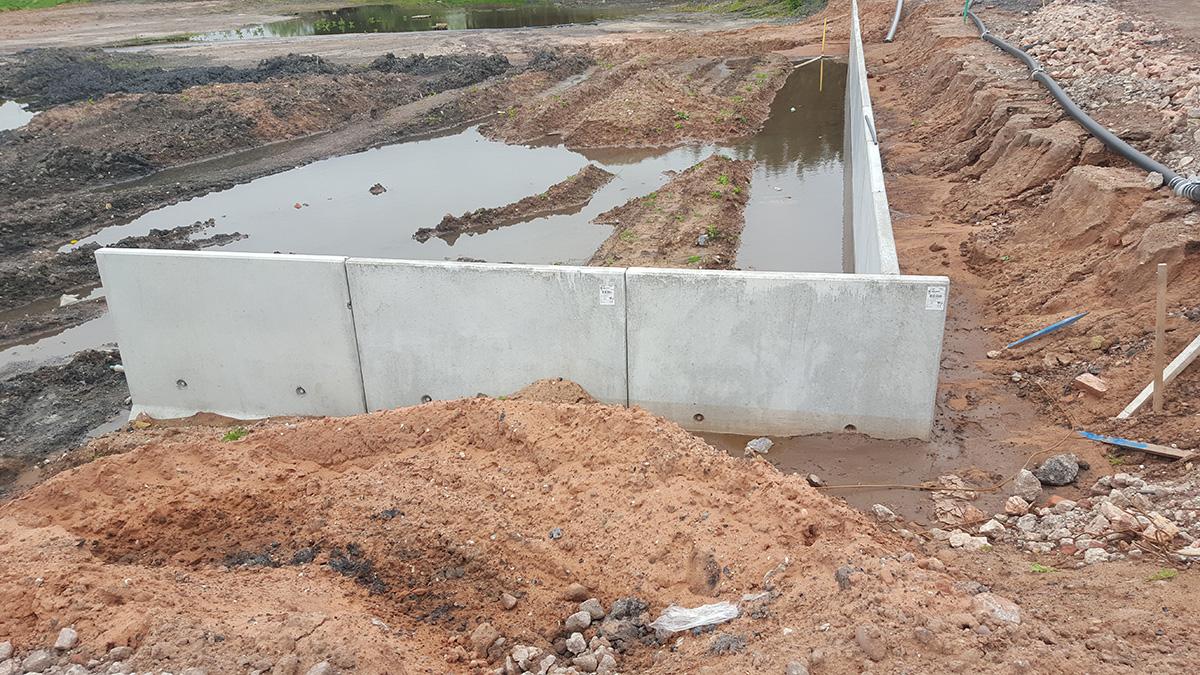 Precast concrete bund walling cbs concrete products for Cbs concrete
