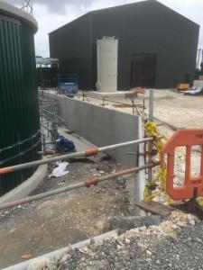 Concrete bund walling